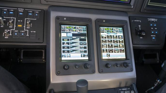 Cessna Citation Longitude touch screen